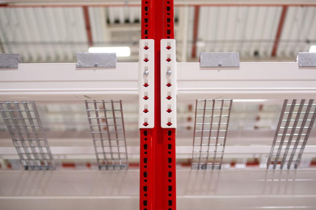 DSC_9921-1024x683 Nahlédněte pod pokličku výroby regálů NEDCON